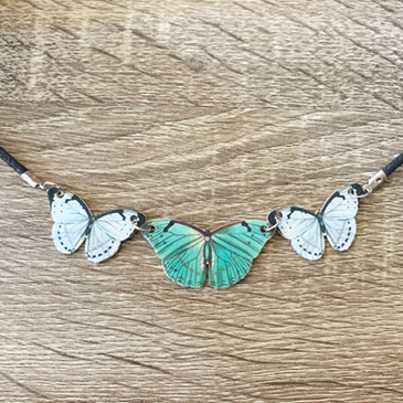 diy-inspiration-butterfly-necklace.jpg